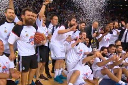 El público de Gran Canaria 'silencia' con aplausos los pitos de un sector de la afición del Barça al himno nacional