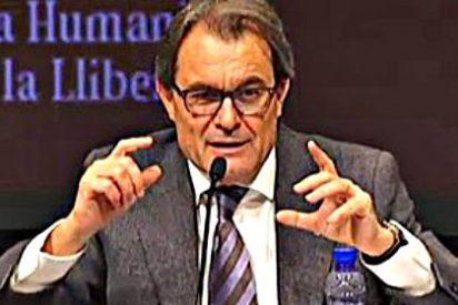 """El plan secreto de Artur Mas por si hay una """"desconexión legal"""" de su querida España"""