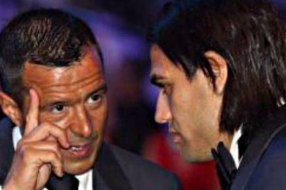 Mendes amenaza a Van Gaal con Falcao