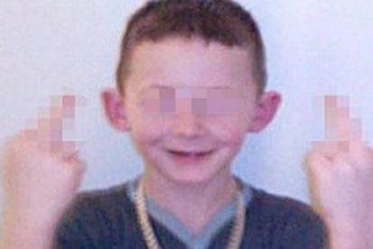 Este niño es un demonio: puede ser condenado a 5 años de cárcel si sigue tirando caca a sus vecinos