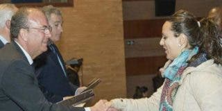 El presidente Monago entrega viviendas sociales a las 31 familias más necesitadas de Mérida