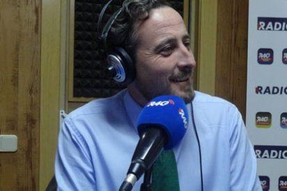 """Kiko Méndez-Monasterio: """"La imagen de algunos trabajadores de TVE dando la espalda a los nuevos fichajes me produce tristeza por la profesión"""""""