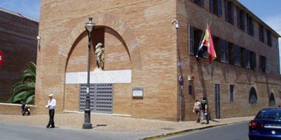 Suspendida la conferencia a cargo de Don José María Álvarez, Director del Museo de Arte Romano de Mérida