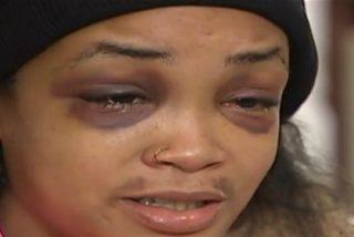 El vídeo de las chifladas que pegan una brutal paliza a su mejor amiga por una hamburguesa