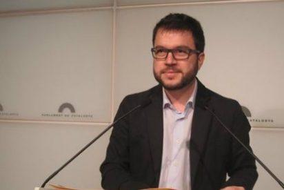 CiU y ERC censuran al PP catalán por posponer las ayudas sociales y le acusan de