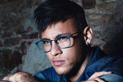 Neymar Jr repite como modelo para Police