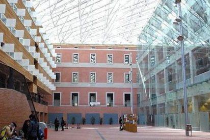 Universitarios catalanes 'okupan' rectorados en contra del 3+2