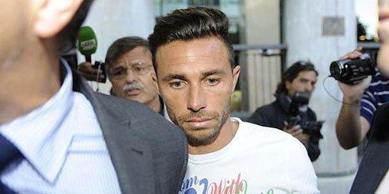 Pide dos años de cárcel para Rubén Castro por agredir a su exnovia