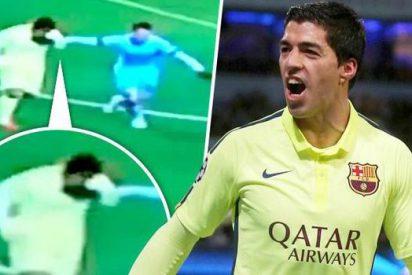 ¿Mordió Luis Suárez a Martín Demichelis durante el partido Manchester City-Barça?