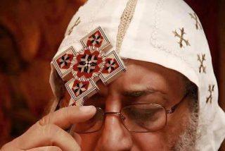 """El """"Papa"""" copto pide a los egipcios que se abstengan de viajar a Libia"""