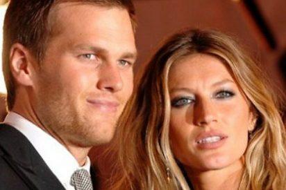 Una de las modelos más deseadas le come los morros tras convertirse en leyenda de la Super Bowl