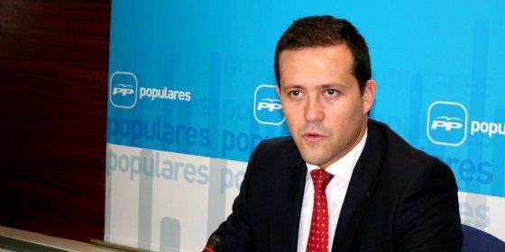 """Velázquez (PP): """"Quienes dejaron sin pagar a las farmacias no pueden venir ahora a dar lecciones"""""""
