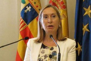 """Pastor asegura que todas las obras del AVE gallego """"continúan"""""""