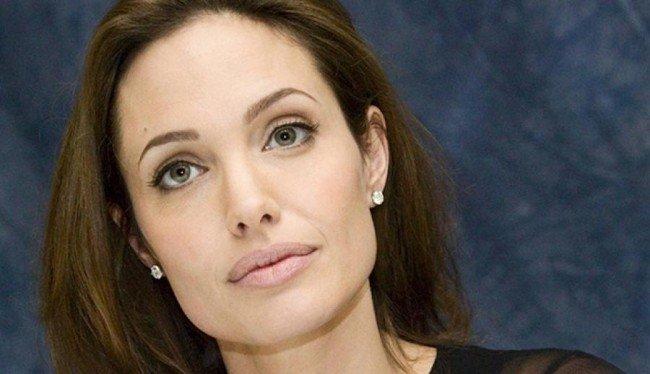Angelina Jolie se ha extirpado los ovarios por temor a desarrollar cáncer