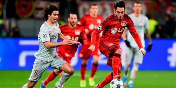 El gerente del Bayer calienta el partido ante el Atlético