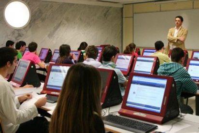 """CC.OO ve """"electoralista"""" la partida para dotar a las aulas de Internet"""