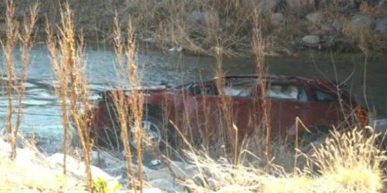 El bebé que sobrevivió 13 horas en un coche que cayó a un río helado