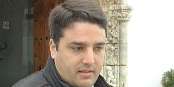 """El Alcalde de Olivenza, Bernardino Píriz, """"agrede"""" a un portavoz del Pcex"""