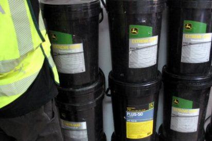 Detenidos dos vecinos de Badajoz por el robo de una centena de bidones de aceite