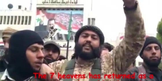 [Vídeo] Así matan de un bombazo al comandante bocazas del EI tras invocar a Alá