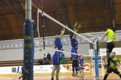 Gran victoria del Cáceres Patrimonio de la Humanidad frente a la Textil Santanderina por 3-2