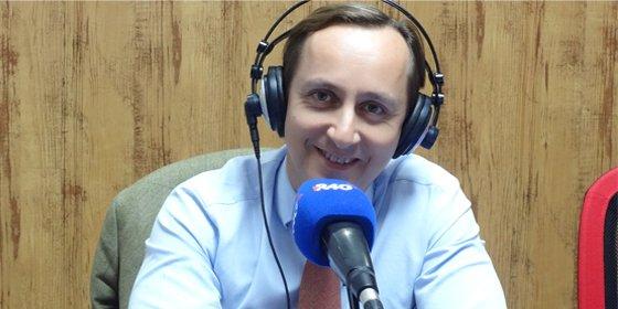 """Carlos Cuesta: """"Cristina Cifuentes viene muy bien, es una persona que no es autóctona de la familia de Aguirre"""""""