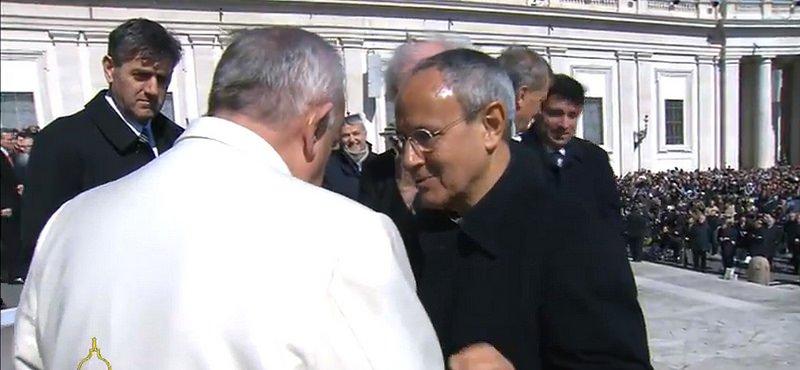 """El Papa pide a los cielinos que sean """"flor de almendro y primavera para la Humanidad"""""""