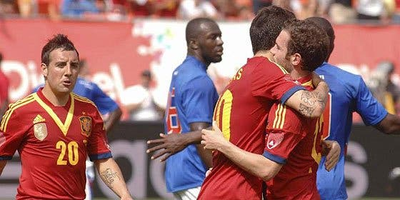 Un español que quiere vender su entrenador es el mejor centrocampista de la Premier