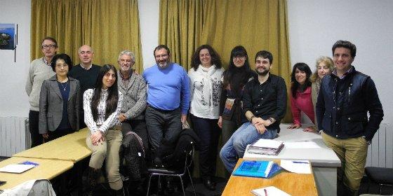 La investigadora de Japón, Junko Murakoshi, visitó el cacereño Colegio Diocesano José Luis Cotallo