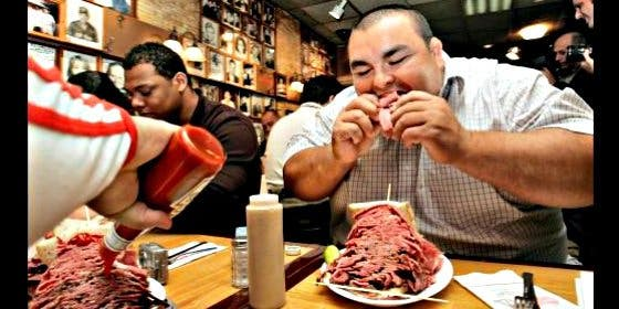 ¿Sabes cuáles son las 31 de las comidas más raras de Estados Unidos?