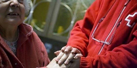 Nueve de cada Diez Mujeres atendidas por Cruz Roja vive en hogares pobres