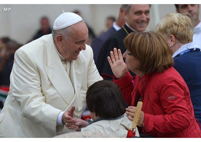 El papa insiste en que se reconozca la contribución eclesial de la mujer