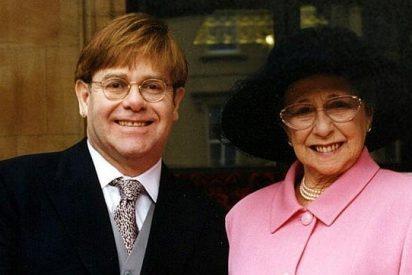 """La madre de Elton John: """"Mi hijo y yo no hablamos desde hace 7 años"""""""