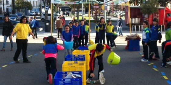 Escolares de Don Benito aprenden a reciclar con Ecoembes y Gobierno de Extremadura