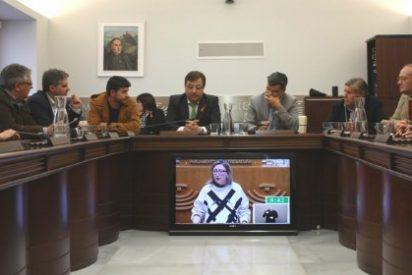 Alcaldes trasladan a Fernández Vara su preocupación por el incumplimiento de la Consejería de Educación