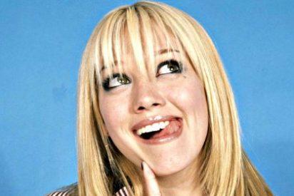 ¡Hilary Duff se tiñe de verde!
