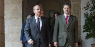 Monago se reúne con el ministro de Justicia en Mérida