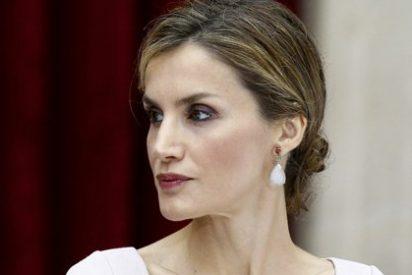 El estilo de la reina Letizia (Capítulo II): Sus cambios de look representan un aire fresco ante anticuadas monarquías