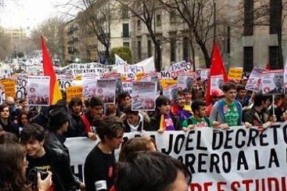 Profesores y alumnos, en huelga este martes contra la reforma universitaria