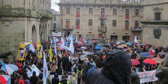 El 'decreto 3+2' vuelve a sacar a la calle a estudiantes y profesores