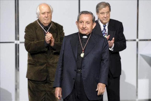 Salamanca agradece el apoyo a la modernidad que impulsó José Mª Martín Patino