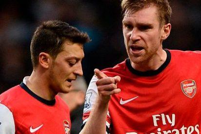 Özil afirma que la Premier es mejor que la liga española