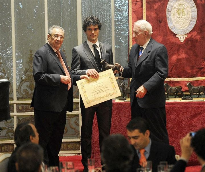 Miguel Abellán recoge su Premio Taurino