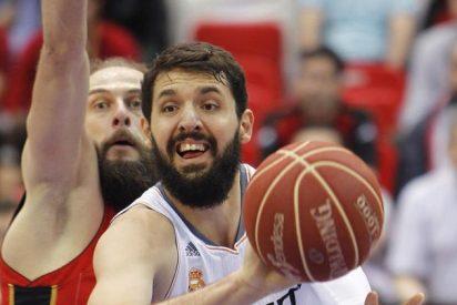 Nikola Mirotic y Pau Gasol se combinan para mantener en pie a los Bulls