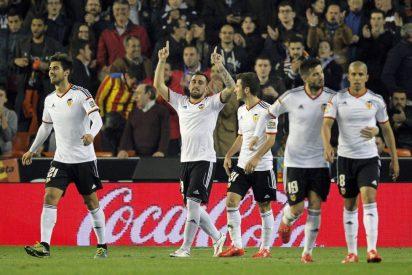 El Valencia no falla en la lucha por el tercer puesto y mete presión al Atlético de Madrid