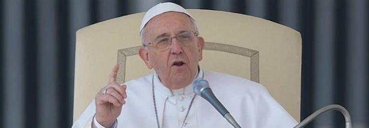 """El chiste del papa Francisco: """"¿Sabes cómo se suicida un argentino?"""""""