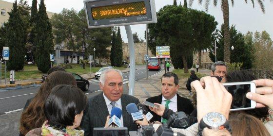 Vectalia instala cinco paneles informativos en Mérida
