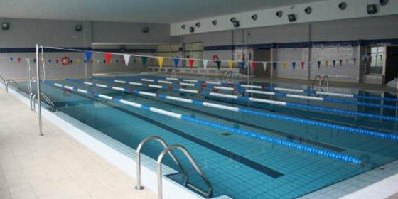 """Moraleja, de la promesa de piscina climatizada a la realidad de una piscina """"con techo"""""""