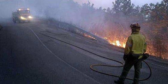 Los trabajadores del Plan Infoex podrían contar con la categoría de bombero forestal