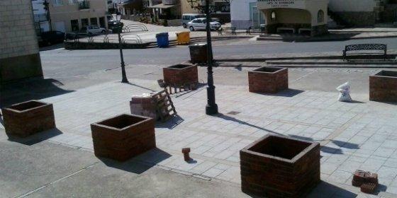 El PP de Oliva de Plasencia (Cáceres) denuncia la destrucción de una plaza pública del municipio